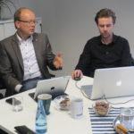 Besprechen den neuen Internetauftritt: André Kuper und Alex Martinschledde
